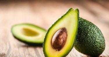 Beneficiile fructului avocado sunt multe si deloc de neglijat