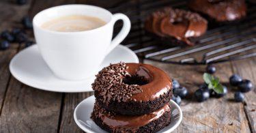 donuts cu ciocolata