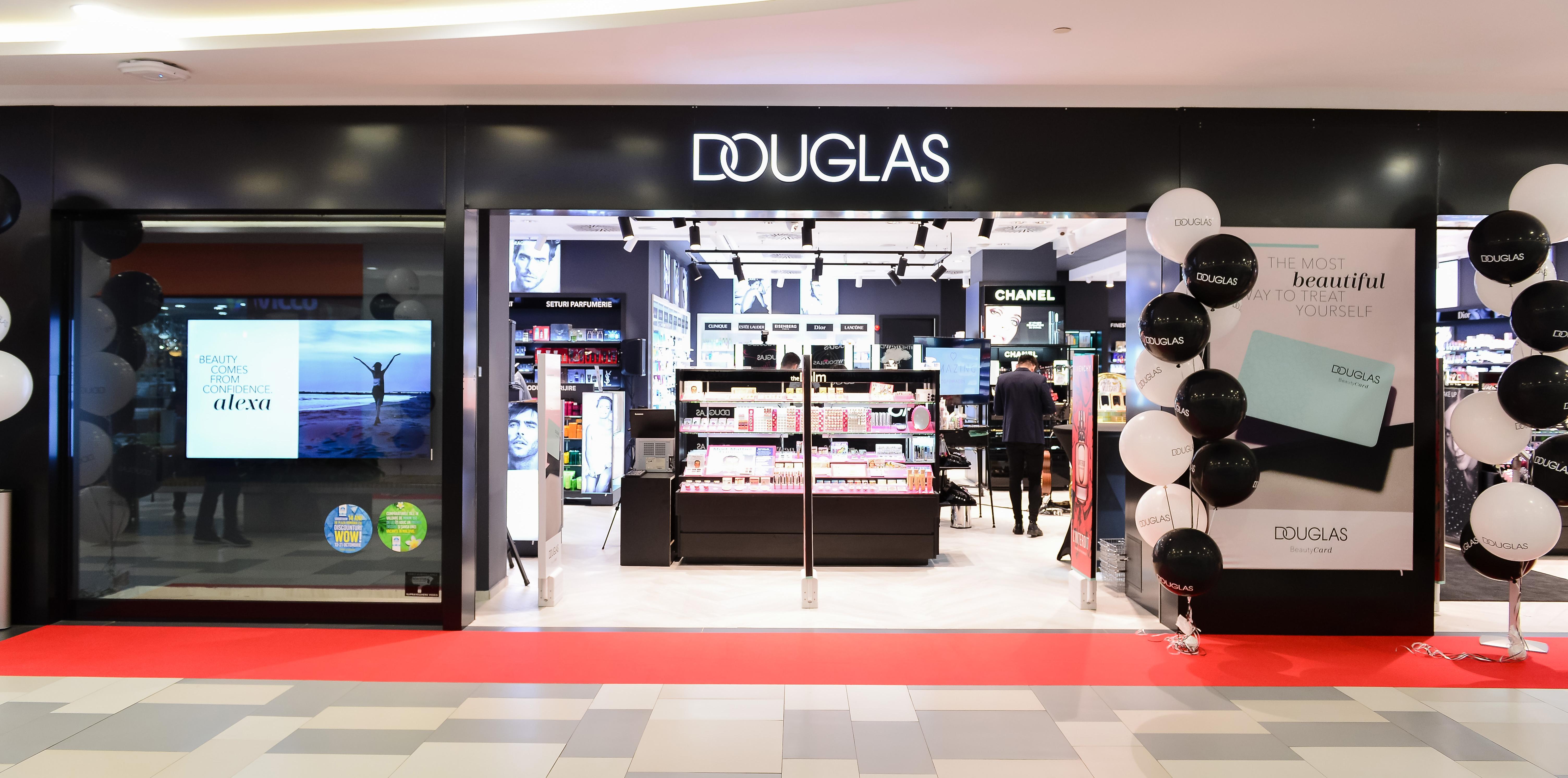 Douglas, magazin de produse de beauty si parfumuri
