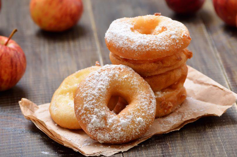 gogosi umplute cu mere