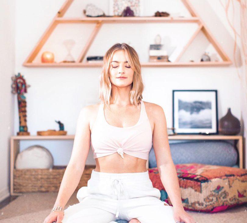 pozitii de yoga