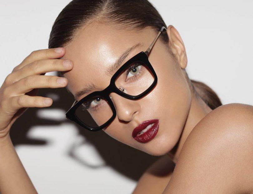alta sansa pantofi de temperament calitate superioară Cum te machiezi daca porti ochelari - Andreea Raicu