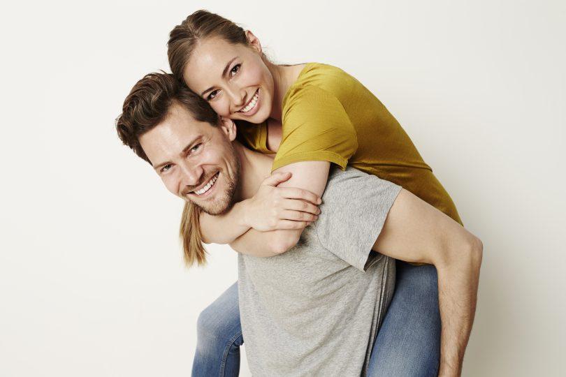 prima intalnire cu un barbat taur Femeia de dating are o femeie libera