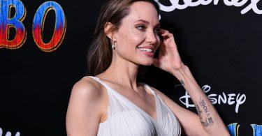 stilul Angelinei Jolie