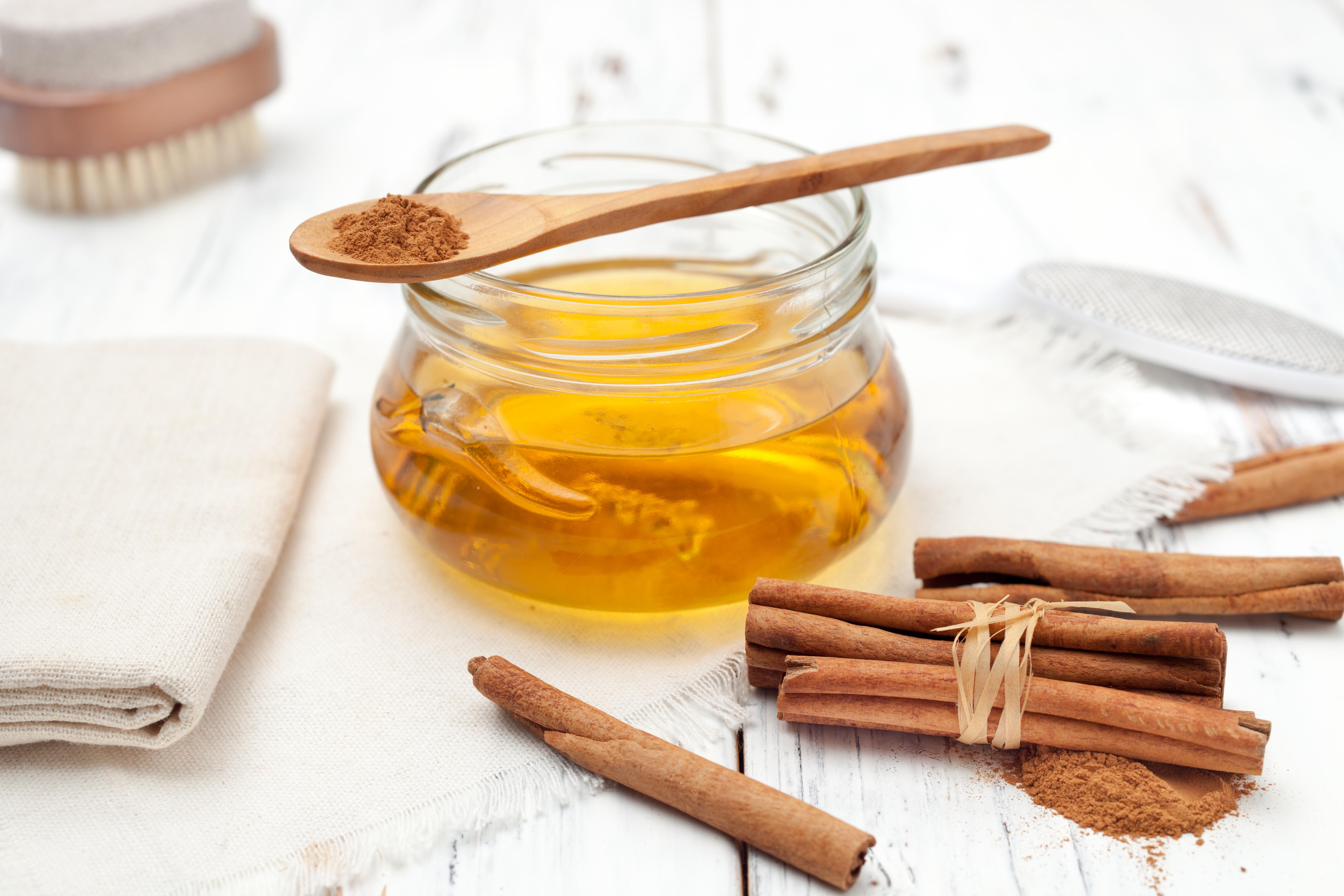 miere cu scorțișoară de la varicoză