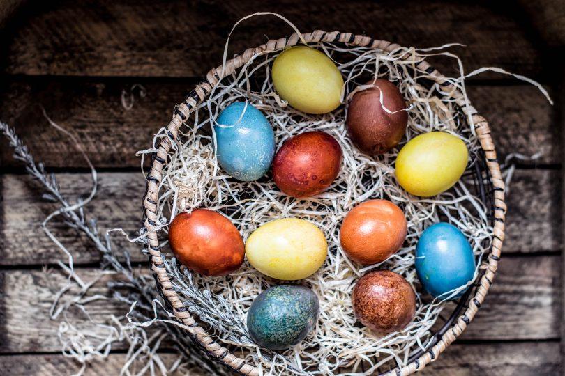 cum vopsesti oua de paste